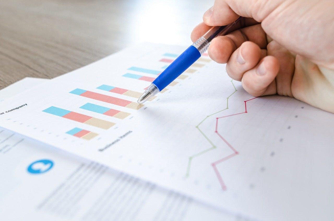 competitive intelligence analytics